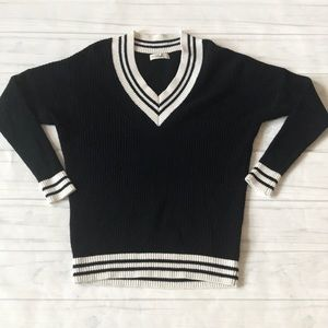 Abercrombie & Fitch women's XS/S Vneck sweater